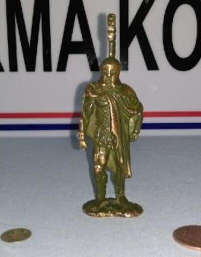 Eskişehir'de tarihi bronz heykelcik ve sikkeler ele geçirildi