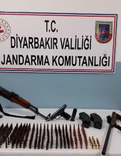 Diyarbakır'da silah kaçakçılığı operasyonu: 2 gözaltı