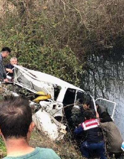 Otomobil dereye uçtu: 4 ölü, 1 yaralı