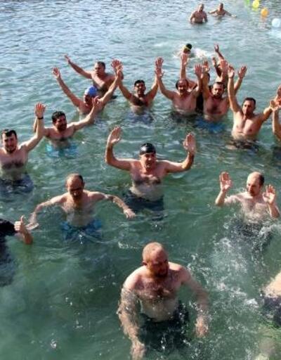 Eksi 3 derecede yüzme şenliği