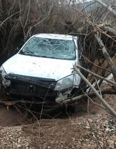 Dicle Nehri'nin yükselmesiyle suda kaybolan kamyonet bulundu
