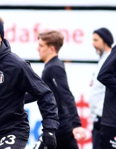 Beşiktaş'ta iki futbolcu kadroya alınmadı