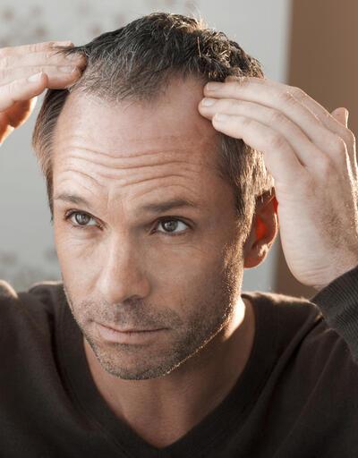 Saç ekiminde kök ve deri analizi önemli