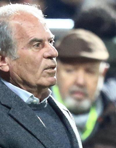 Mustafa Denizli hastaneye kaldırıldı