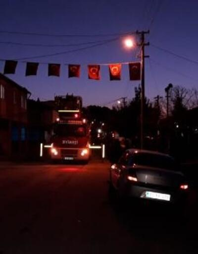 İvrindi'de şehidin baba evi bayraklarla donatıldı