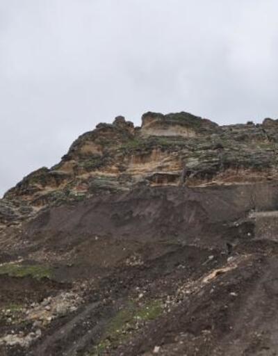 Tarihi kalede çatlaklar oluştu, 40 ev boşaltılacak