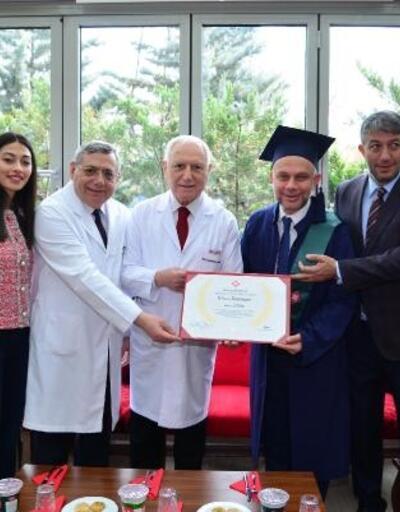 Başkan Ertürk'ün mezuniyet heyecanı