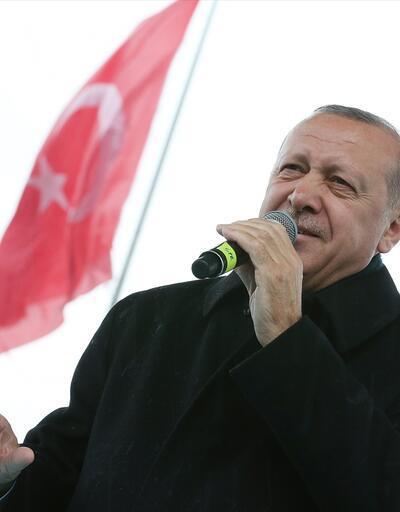 Cumhurbaşkanı Erdoğan'dan lise öğrencilerine yanıt: Gözlerinizden öpüyorum