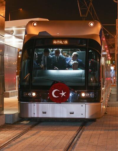 Erdoğan Antalya'da tramvay hattını açtı