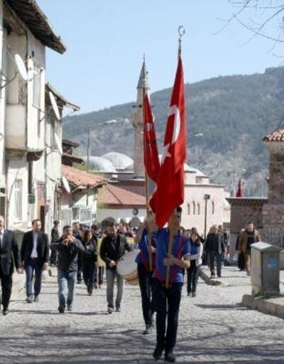 Lise öğrencileri, Çanakkale şehitleri için yürüdü