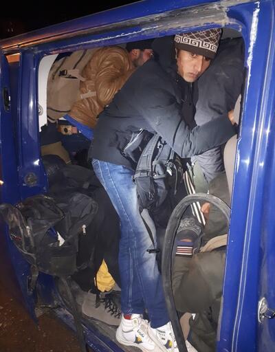 İnsan kaçakçılığı şebekesine operasyon: 12 kişi tutuklandı