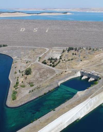 """Avrupa'nın en yüksek barajından ekonomiye """"dev"""" katkı"""
