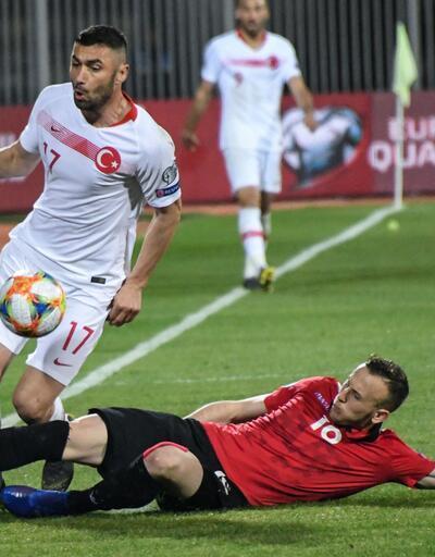 Köşe yazarlarından Arnavutluk - Türkiye maçı yorumları