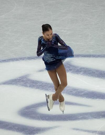 Elizabet Tursynbaeva buz pateninde tarih yazdı