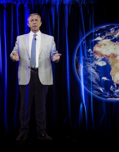 Mansur Yavaş hologram miting yaptı