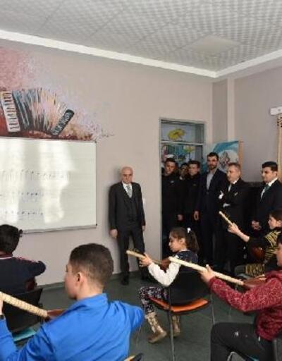 Bakan Yardımcısı Erdil Eleşkirt'te