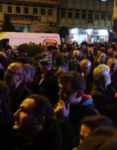Çayeli'nde MHP'li aday kazandı, partililer kutlama yaptı