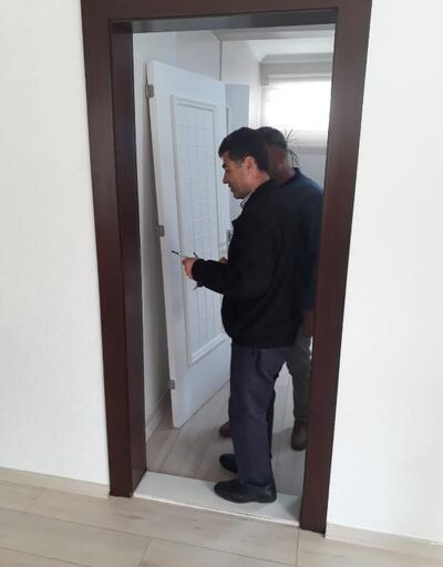 Başkan seçildi, ilk icraatı makam odasının kapısını söktürmek oldu