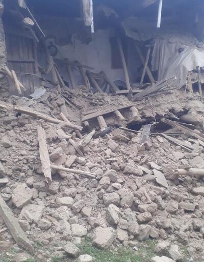 Elazığ'da deprem hasarı gün ağarınca ortaya çıktı