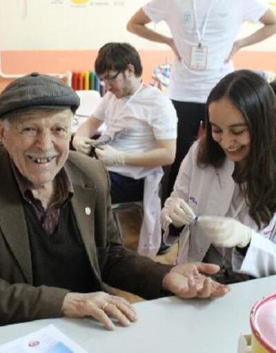 Tıp öğrencileri 'Sağlık Turnesi'ne çıktı