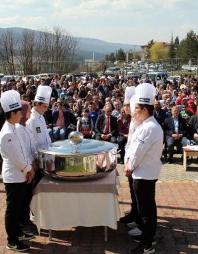 Aşçılık öğrencileri kepçelerini teslim etti