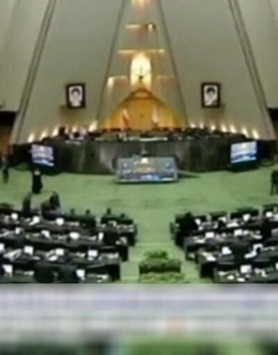İran meclisinde ABD protestosu