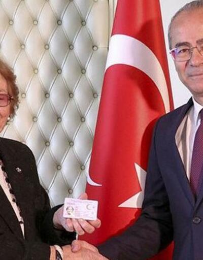 69 yıl sonra Türk kimliğini aldı