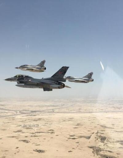 Türk jetleri Katar semalarında