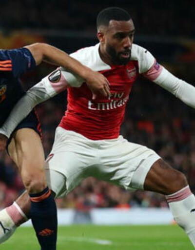 Arsenal, Valencia'yı evinde rahat geçti!