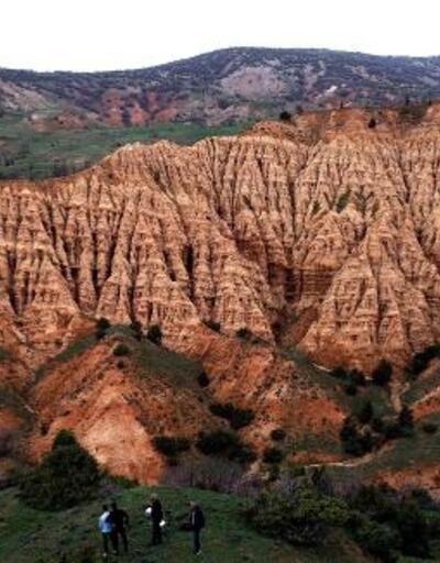 Şeytan Şehri Kayalıkları için turizm hedefi