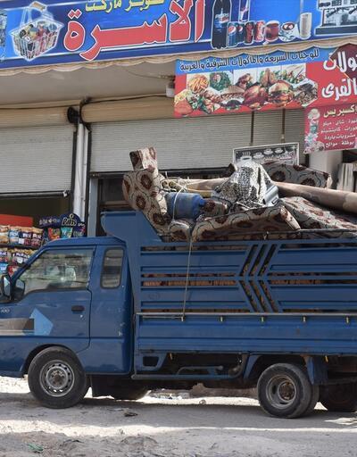 Esed rejiminin saldırıları nedeniyle göç eden aileler