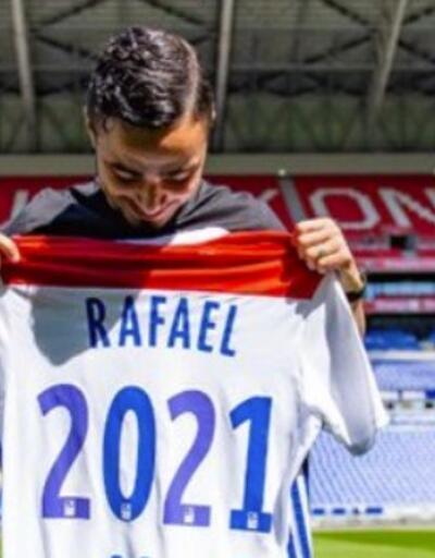 Rafael Lyon'la imzaladı