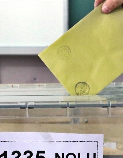 AK Parti ve CHP 1 milyon 700 bin küskün seçmenin peşinde