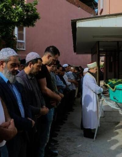 Sondaj kuyusuna düşüp ölen 4 yaşındaki Mehmet toprağa verildi