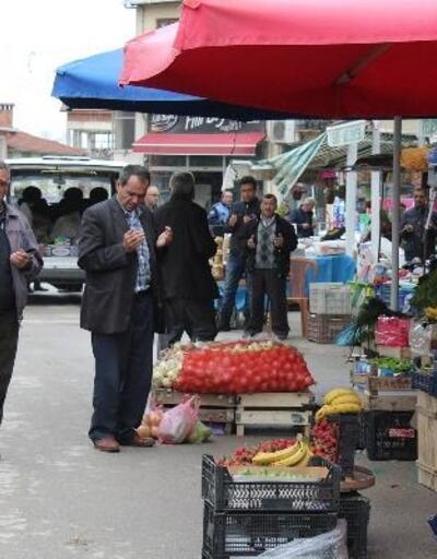 Keles'te semt pazarı, bereket duasıyla açılıyor