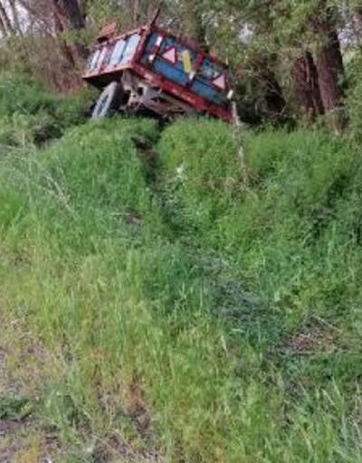 Traktörün römorku şarampole savruldu: 7 tarım işçisi yaralı