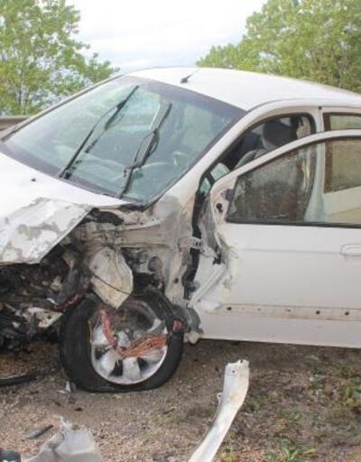 Kastamonu'da TIR ile otomobil çarpıştı: 1 ölü, 1 yaralı