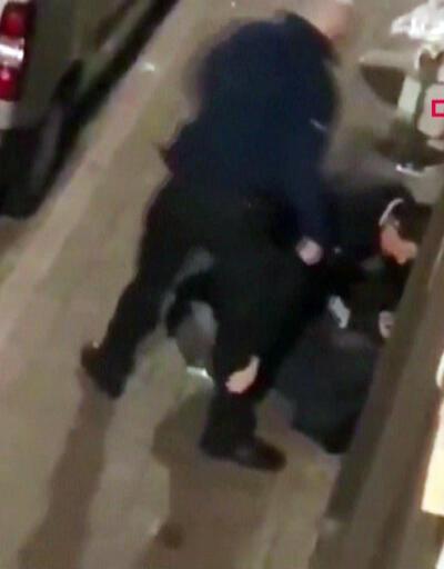 Belçika polisi kelepçeli şüphelinin kafasını tekmeledi