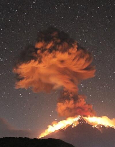 Bali'deki Agung Yanardağ patladı