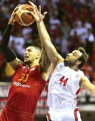 Gaziantep Basketbol seriyi eşitledi