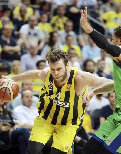 Fenerbahçe yarı finalin ilk maçını kazandı