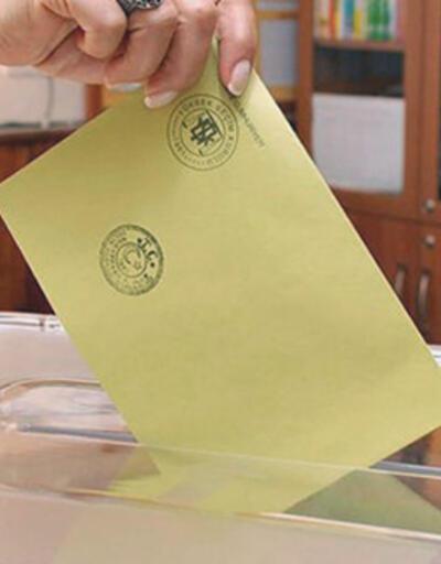 3 ilçe ve bir beldede oy verme işlemi başladı