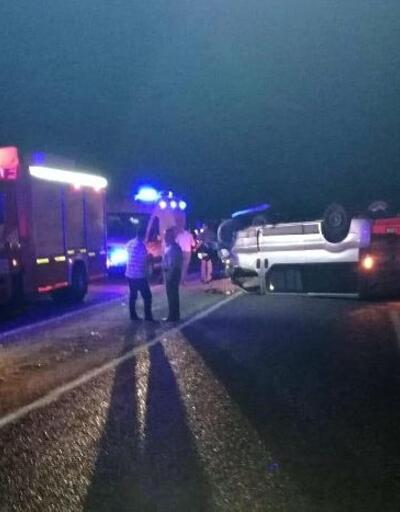 Buldan'da minibüsle traktör çarpıştı: 3 yaralı