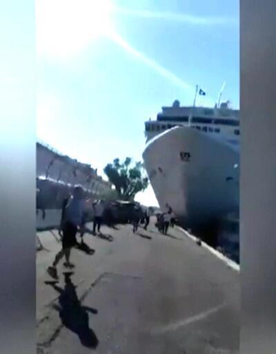 Dev turist gemisi limana çarptı