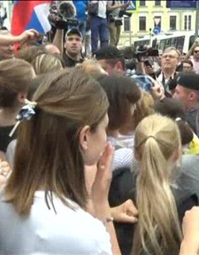 Rusya'daki gösteride 400 kişi gözaltına alındı