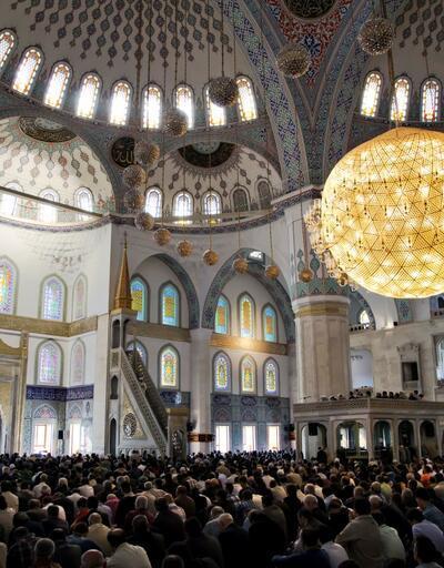 Ankara Cuma namazı saati | Diyanet 23 Ağustos Cuma saatler: Ankara