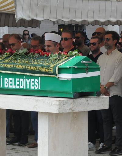 Başak Dizer'in babası, Bursa'da toprağa verildi