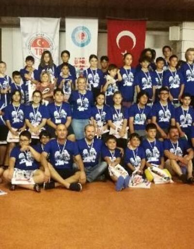 U-16-16 yaş altı briç yaz kampları başladı