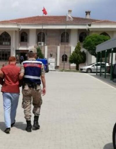 Almanya'dan döndü FETÖ'den gözaltına alındı