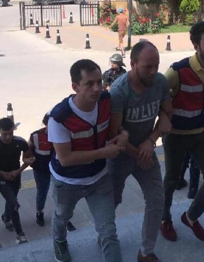 Uşak'ta, 4 uyuşturucu satıcısına tutuklama